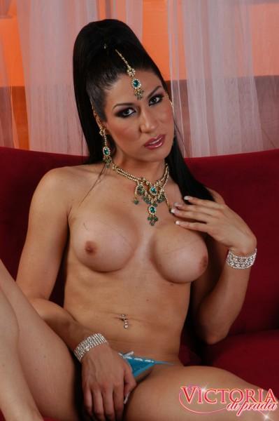 tranny Victoria di Prada arabian princess